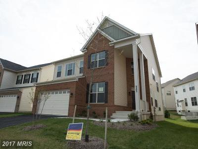 Glenarden Single Family Home For Sale: 9105 Glenarden Parkway