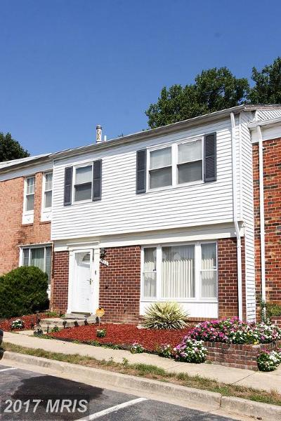 Landover Townhouse For Sale: 7504 Grouse Place
