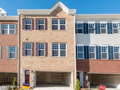 Upper Marlboro Townhouse For Sale: 15626 Sunningdale Place