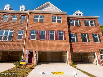 Upper Marlboro Townhouse For Sale: 15634 Sunningdale Place