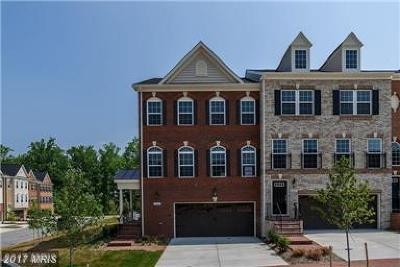 Upper Marlboro Townhouse For Sale: 15611 Sunningdale Place