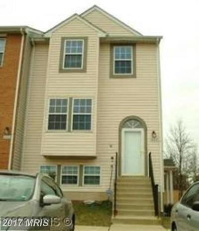 Suitland Townhouse For Sale: 4121 Applegate Court #8