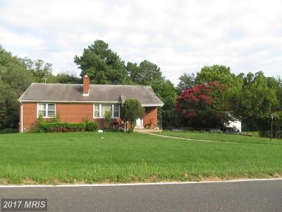 Single Family Home For Sale: 4605 Henderson Road SW