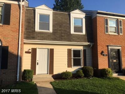 Temple Hills Townhouse For Sale: 2218 Dawn Lane