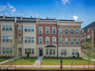 National Harbor Townhouse For Sale: 712 Fair Winds Way