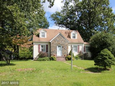 Laurel Single Family Home For Sale: 5900 Sandy Spring Road
