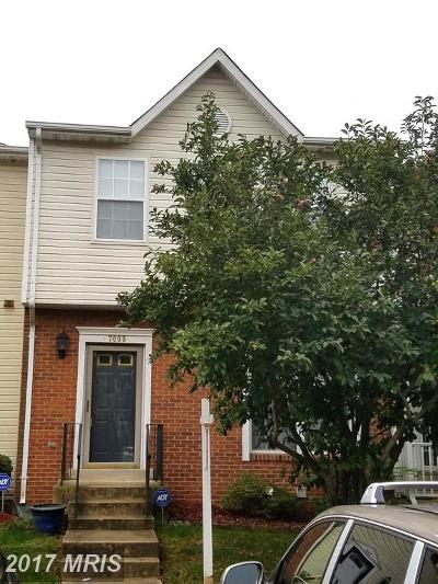 District Heights Townhouse For Sale: 7003 Flag Harbor Drive