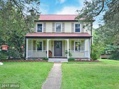 Bowie Single Family Home For Sale: 13930 Heatherstone Drive