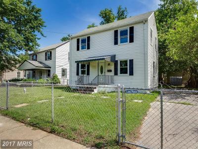 Hyattsville Single Family Home For Sale: 6225 Sligo Parkway