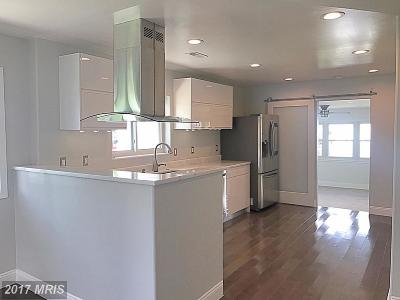 Suitland Single Family Home For Sale: 5330 Carswell Avenue