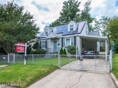 Hyattsville Single Family Home For Sale: 5810 33rd Avenue