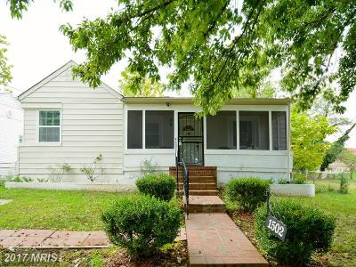 Capitol Heights Single Family Home For Sale: 1502 Farmingdale Avenue