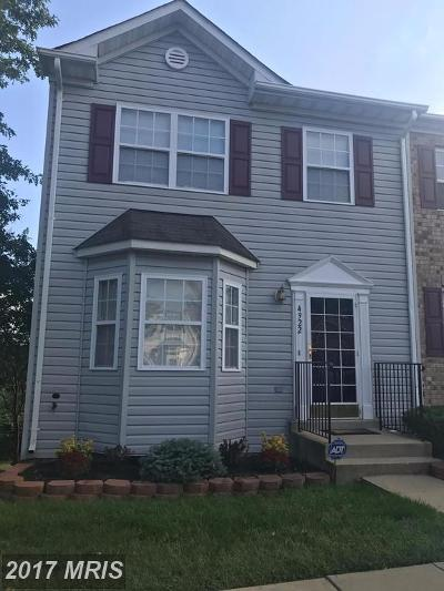 Oxon Hill Townhouse For Sale: 4922 Wall Flower Way