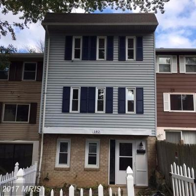 Capitol Heights Townhouse For Sale: 182 Daimler Drive #42