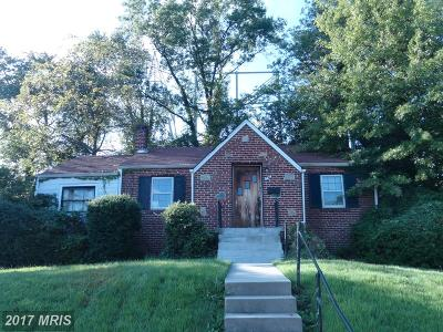 Hyattsville Single Family Home For Sale: 6404 Elliott Place