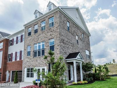 Upper Marlboro Townhouse For Sale: 15612 Sunningdale Place
