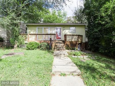 Capitol Heights Single Family Home For Sale: 3912 Clark Street