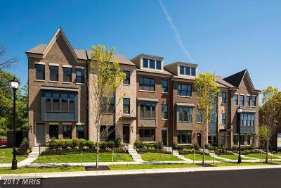 Riverdale Townhouse For Sale: Woodberry Street