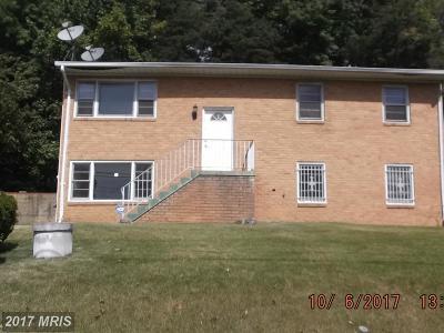 Upper Marlboro Single Family Home For Sale: 9526 Castle Drive