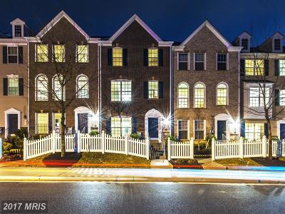 Upper Marlboro Townhouse For Sale: 10704 Eastland Circle