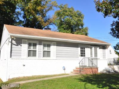 Suitland Single Family Home For Sale: 6110 Skyline Terrace