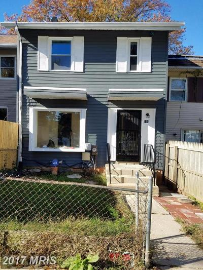 Capitol Heights Townhouse For Sale: 184 Daimler Drive #41