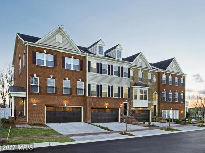 Upper Marlboro Townhouse For Sale: 15533 Sunningdale Place