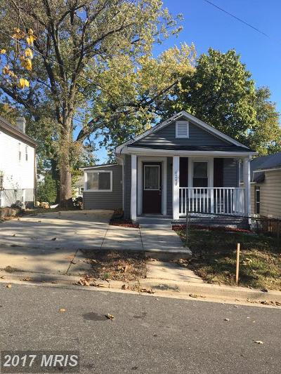 Capitol Heights Single Family Home For Sale: 4240 Rail Street