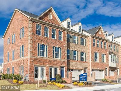 Upper Marlboro Townhouse For Sale: 5917 Sauerwein Drive