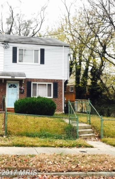 Suitland Condo For Sale: 2205 Lakewood Street