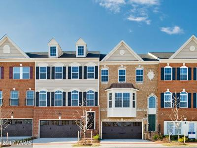 Upper Marlboro Townhouse For Sale: 15607 Sunningdale Place
