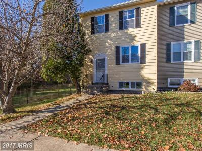 District Heights Townhouse For Sale: 5757 Hil Mar Circle