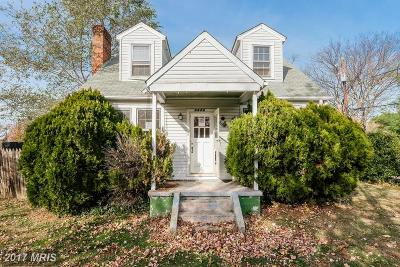 Capitol Heights Single Family Home For Sale: 5524 Walker Mill Road