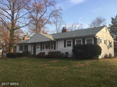 Lanham MD Single Family Home For Sale: $270,000