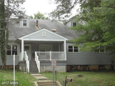 Riverdale Single Family Home For Sale: 6511 Auburn Avenue
