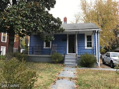 Fairmount Heights Single Family Home For Sale: 817 57th Place