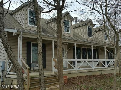 Upper Marlboro Single Family Home For Sale: 12401 Molly Berry Road