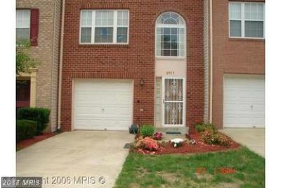 Upper Marlboro Townhouse For Sale: 8915 Francisco Court