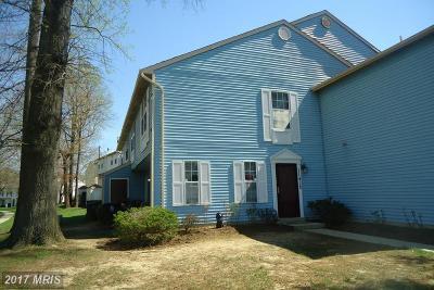 Upper Marlboro Coop For Sale: 11412 Honeysuckle Court #8-6