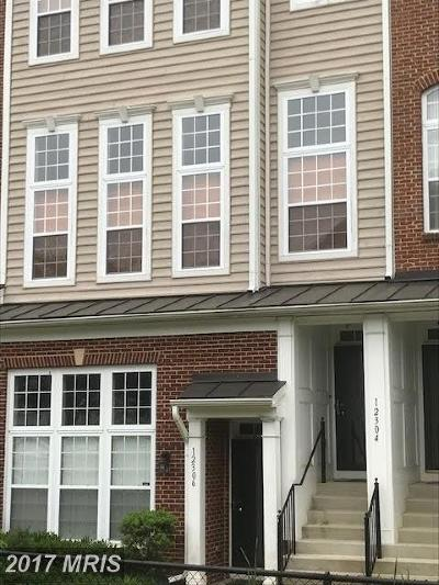 Upper Marlboro Townhouse For Sale: 12306 Rollys Ridge Avenue #1103