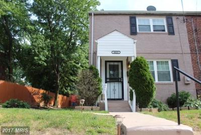 Suitland Single Family Home For Sale: 4623 Dowell Lane