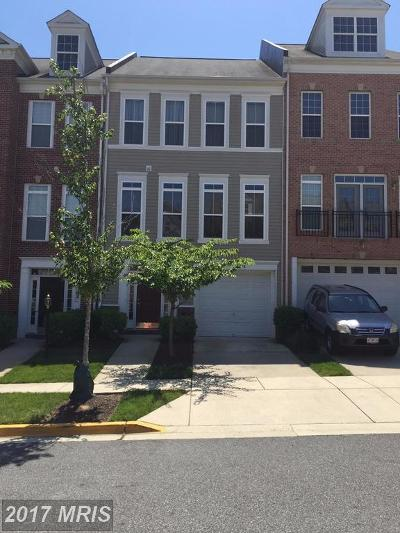 Suitland MD Townhouse For Sale: $275,000