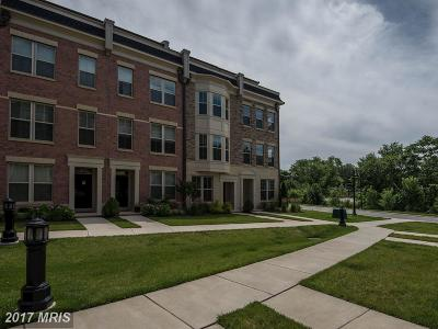 Oxon Hill Townhouse For Sale: 851 Regents Square