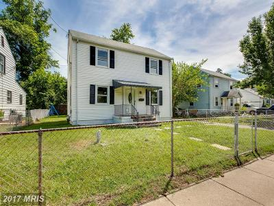 Hyattsville Single Family Home For Sale: 6225 Sligo Parkway
