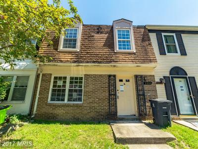 Capitol Heights Townhouse For Sale: 5904 Applegarth Place