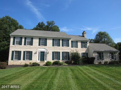 Glenn Dale Single Family Home For Sale: 7707 Lake Glen Drive