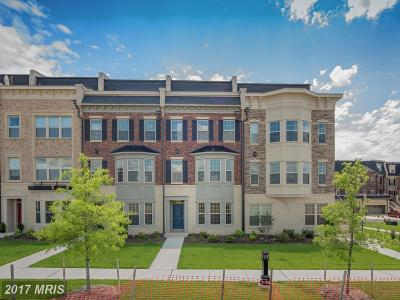 National Harbor Townhouse For Sale: 702 Fair Winds Way