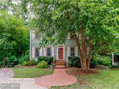Woodbridge Single Family Home For Sale: 11988 Farrabow Lane