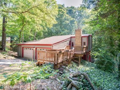 Prince William Single Family Home For Sale: 6282 Occoquan Forest Drive