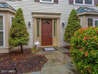 Woodbridge Single Family Home For Sale: 2820 King Elm Court